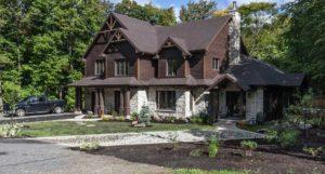 Agrandissement d'une maison vue de côté