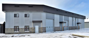 Construction commerciale vue garage